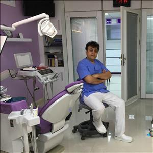 دکتر علی ظریف حسینیان