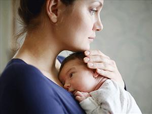 رفتار مادر با کودک شیرحوار