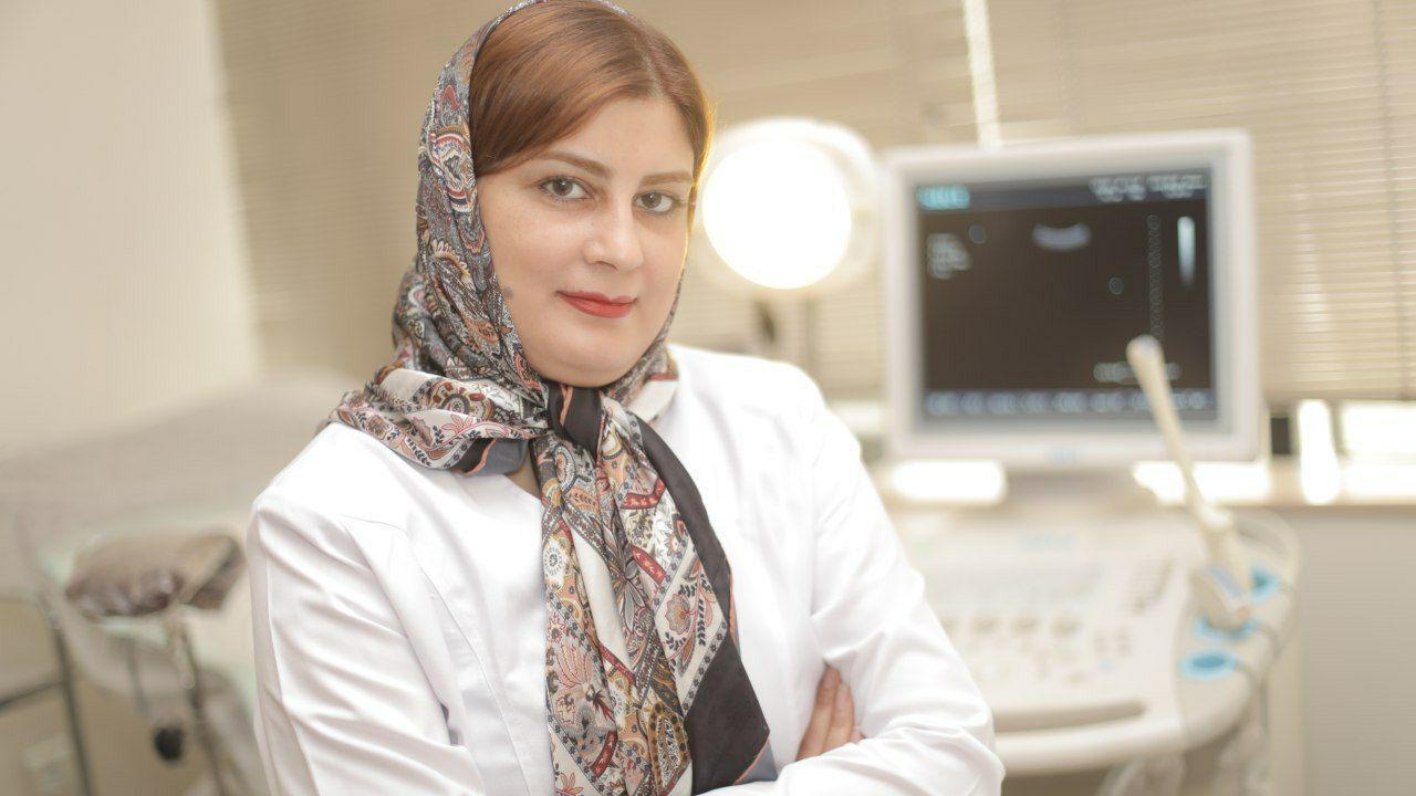 دکتر لاله صادقی