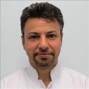 دکتر حسن حاتمی