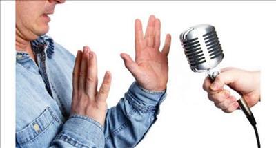 اثربخشی حساسیت زدایی با حرکات چشم و بازپردازش بر کاهش ترس از صحبت کردن در مقابل جمع